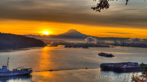 mountain rainier port tacoma