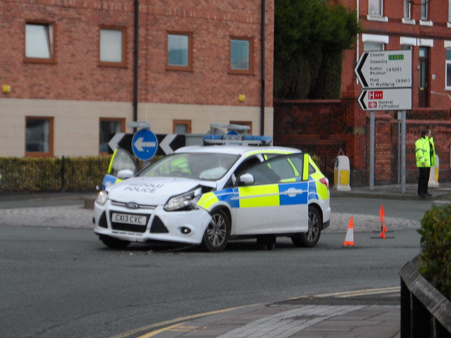 Crashed North Wales Police Ford Focus  Estate CX13 CVC