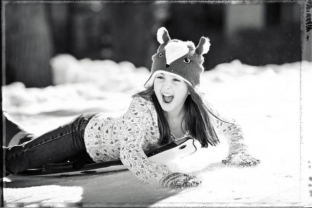 sledding_bnw