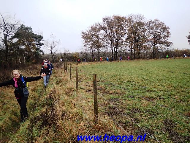 2016-11-16    3e Rondje-WolfHeze   25 Km  (21)