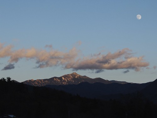 sunset orange cloud moon mountain apple japan landscape evening aperture 日本 fujifilm fujinon yamanashi redmountain x10 appleaperture 山梨県 sunsetwithmoon orangecloud 北杜市 superebc 茅が岳 hokutoshi kayagatake potopoto53age fujifilmx10 fujinonsuperebc21mm~112mmf20~f28 21mm~112mm f20~f28
