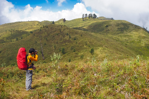 Bukit Teletubbies | by cantigidotnet