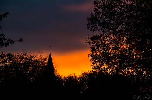 park sunset sky germany deutschland tramonto colours sonnenuntergang pentax hamburg natur himmel sigma cielo landschaft atmospheric germania stimmungsvoll zeit farben amburgo wandsbek k30 wandse sigma18250dcmacro sigma18250mmf3563dcmacro