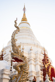 2013-11-10 Thailand Day 03, Wat Upakhut, Chiang Mai   by Qsimple, Memories For The Future Photography