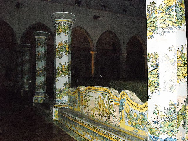 The majolica cloister of Santa Chiara in Naples (years 1739-1742) - Architect Domenico Antonio Vaccaro - Painters Giuseppe and Donato Massa