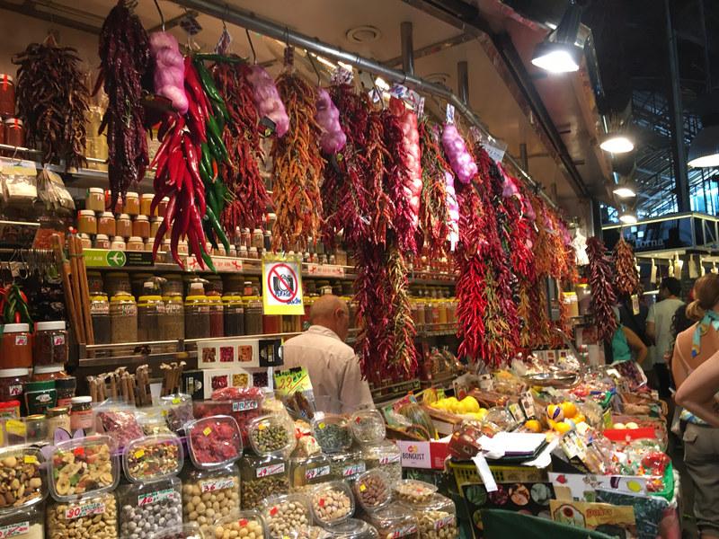 Ly, Cindy; Barcelona, Spain - NINE - Market