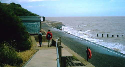 July walk 2009? northwards along the coast towards Walton on the Naze Two 'SWC' walk authors decide to end it all.....