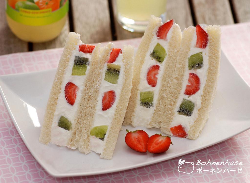 Fruit Sandwich / フルーツサンド | For more description see here boh… | Flickr