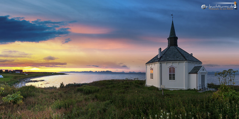 Chapel Dverberg in midnight sun