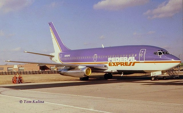 Chicago Midway Airport - Federal Express (FedEx) - 737
