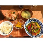昨日の晩御飯。牛肉と野菜のオイスター炒め( ´ ▽ ` )ノ