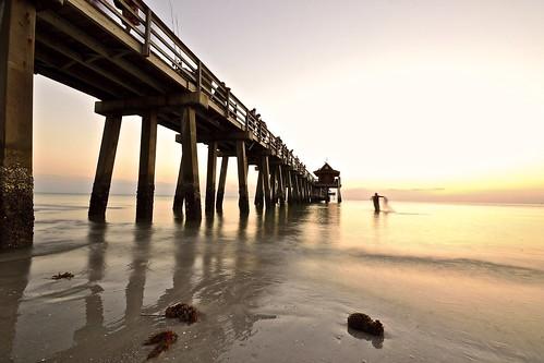 sunset usa beach nikon tramonto florida sigma naples pesca spiaggia uniti pescatore rete pontile stati d3100 fabiotode
