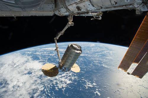 iss049e042847   by NASA Johnson
