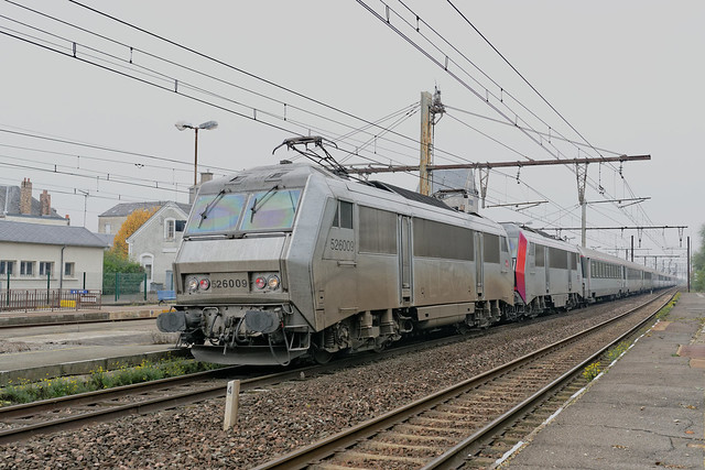 [FR-SNCF] BB 26009 + BB 26037 IC 3637 @Toury 01/11/2016 DSC_5372_DxO