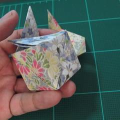การพับกระดาษเป็นรูปเรขาคณิตทรงลูกบาศก์แบบแยกชิ้นประกอบ (Modular Origami Cube) 032