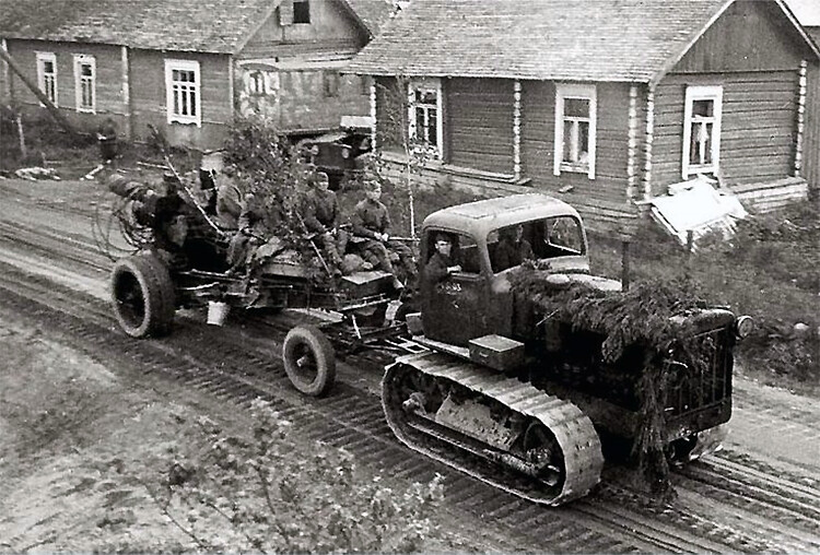 ChTZ S-65 Tractor