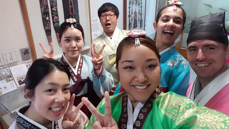 Nguyen, Anna; South Korea - Episode 10 (1)