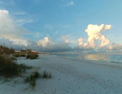 florida hugin panorama sunrise nikon d60 clearwaterbeach scenic clouds gulfofmexico travel tourism creativecommons cc0 photo photos photography light rcgtrrz seaside