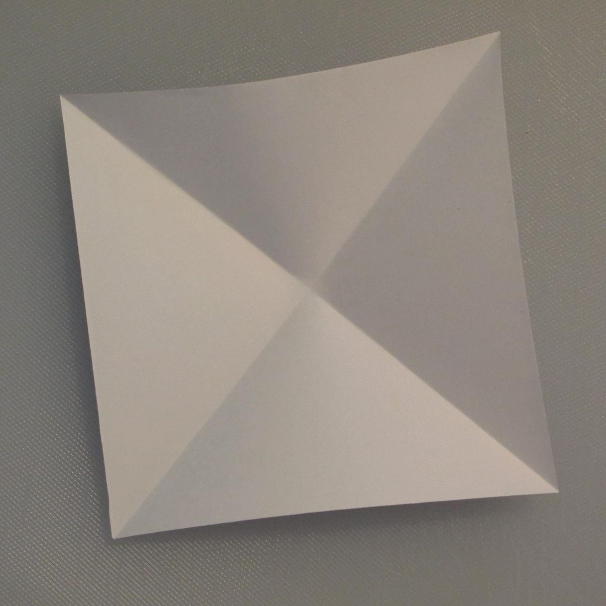 วิธีพับกระดาษเป็นรูปนกกระเรียน 001
