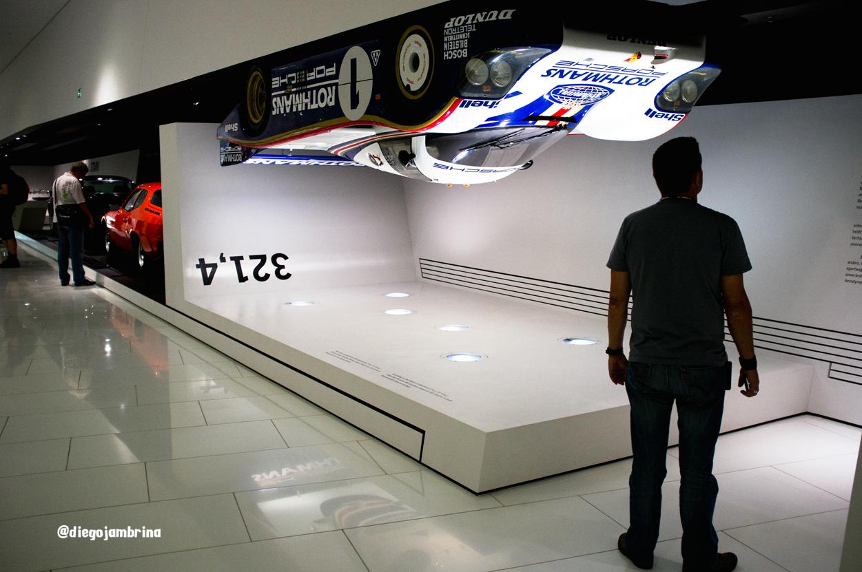 Porsche, creatividad y diseño de altas velocidades