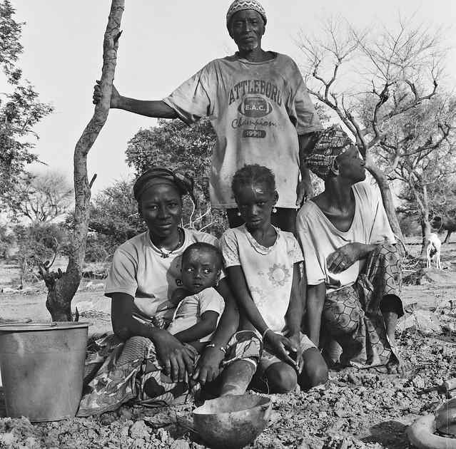 Hamadou Guigba with his Family, Golgouda, Mali