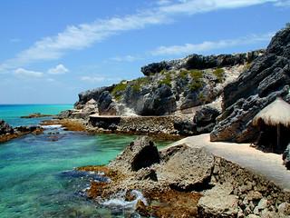 Punta Sur Path | by tinyfroglet