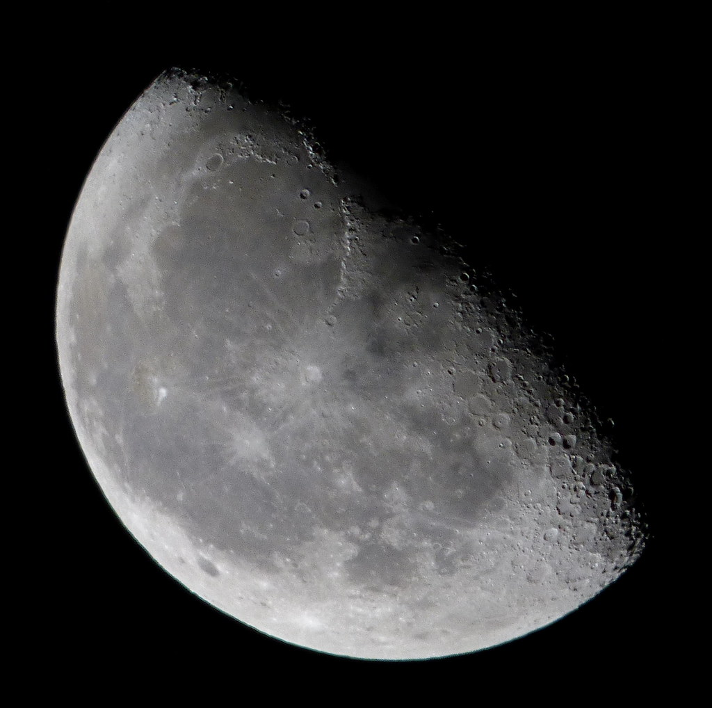 Waning Gibbous 65 Of The Moon Is Illuminated Taken On No Flickr
