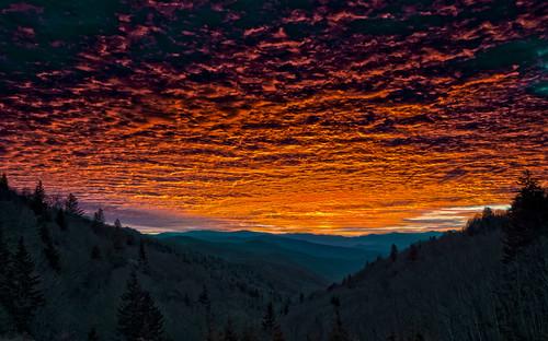 sunrise smokies greatsmokeymountainsnationalpark cataloocheeoverlook