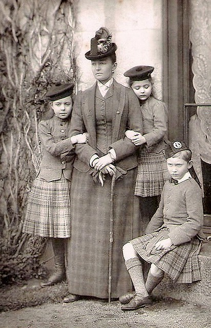 Princess Luise, Duchess of Connaught with her children Patricia, Margaret and Arthur