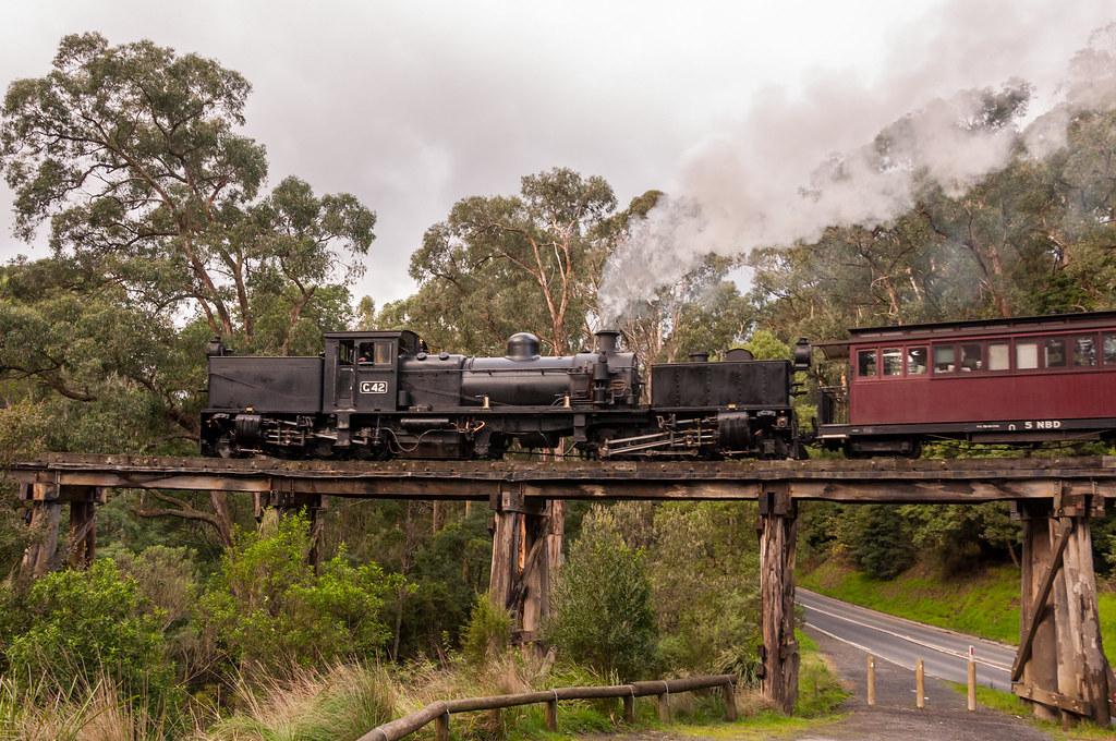 Puffing Billy Railway by bluegoldera