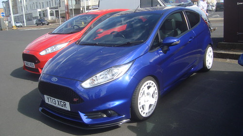 2013 Ford Fiesta ST 2 Photo