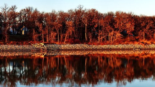 fz200 winnipeg manitoba canada cans2s autumn reflections redriver outdoor river trees