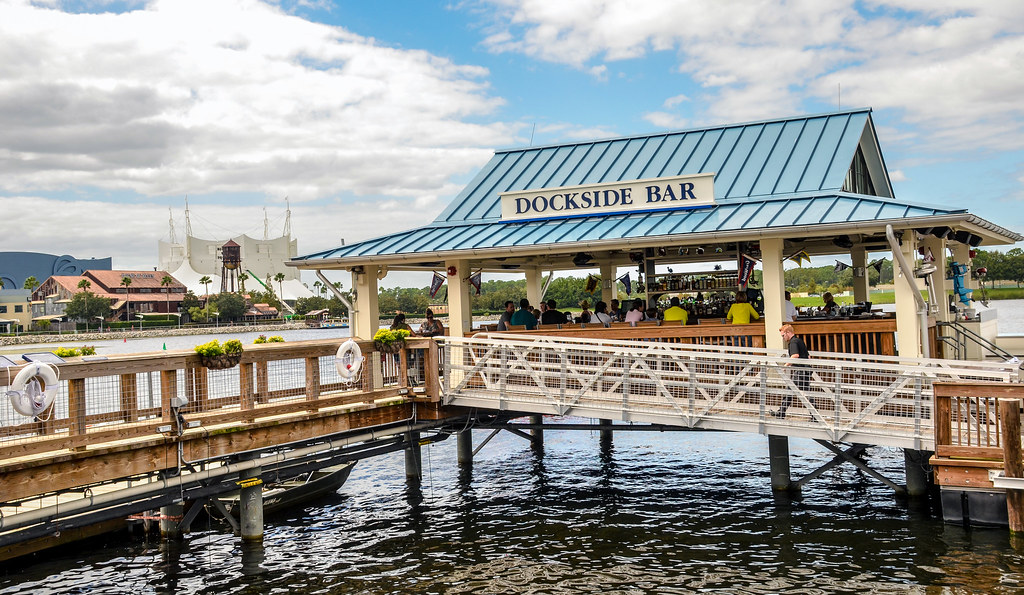 Dockside Bar Boathouse