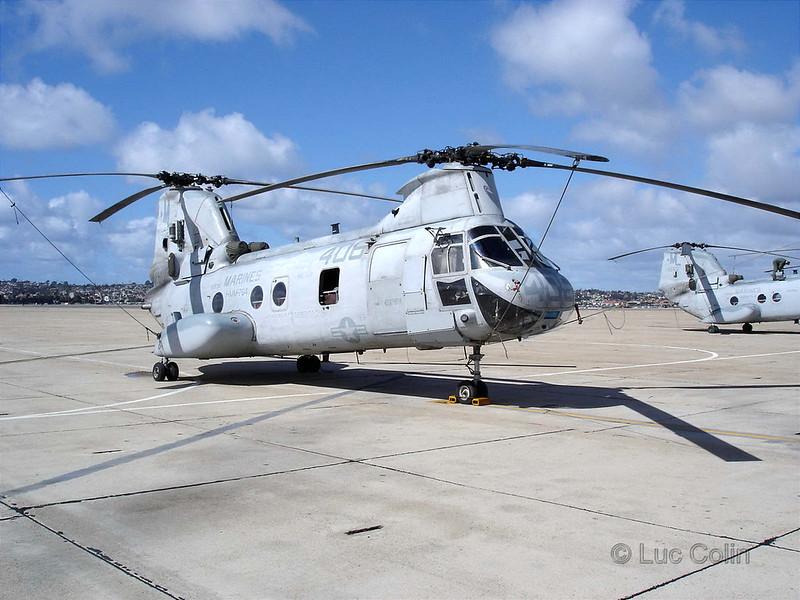 CH-46E (5)