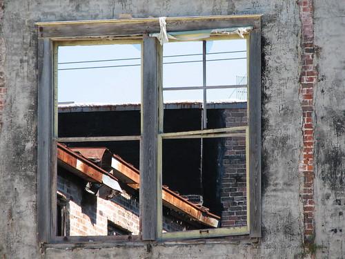 old forgotten condemned building window downtown hammond louisiana hammondlouisiana tjean314 textures buildings 2006 johnhanley architecture public allphotoscopy20052017johnhanleyallrightsreservedcontactforpermissiontouse