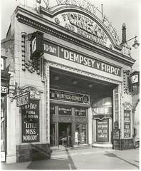 Cinema, Finsbury Park, London   by kencta