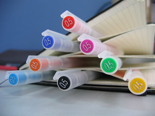 MUJI color Pen Pyramid with Moleskine | by guccio@文房具社