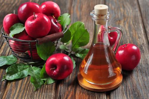 Otetul de mere, benefic pentru acnee – cum se foloseste