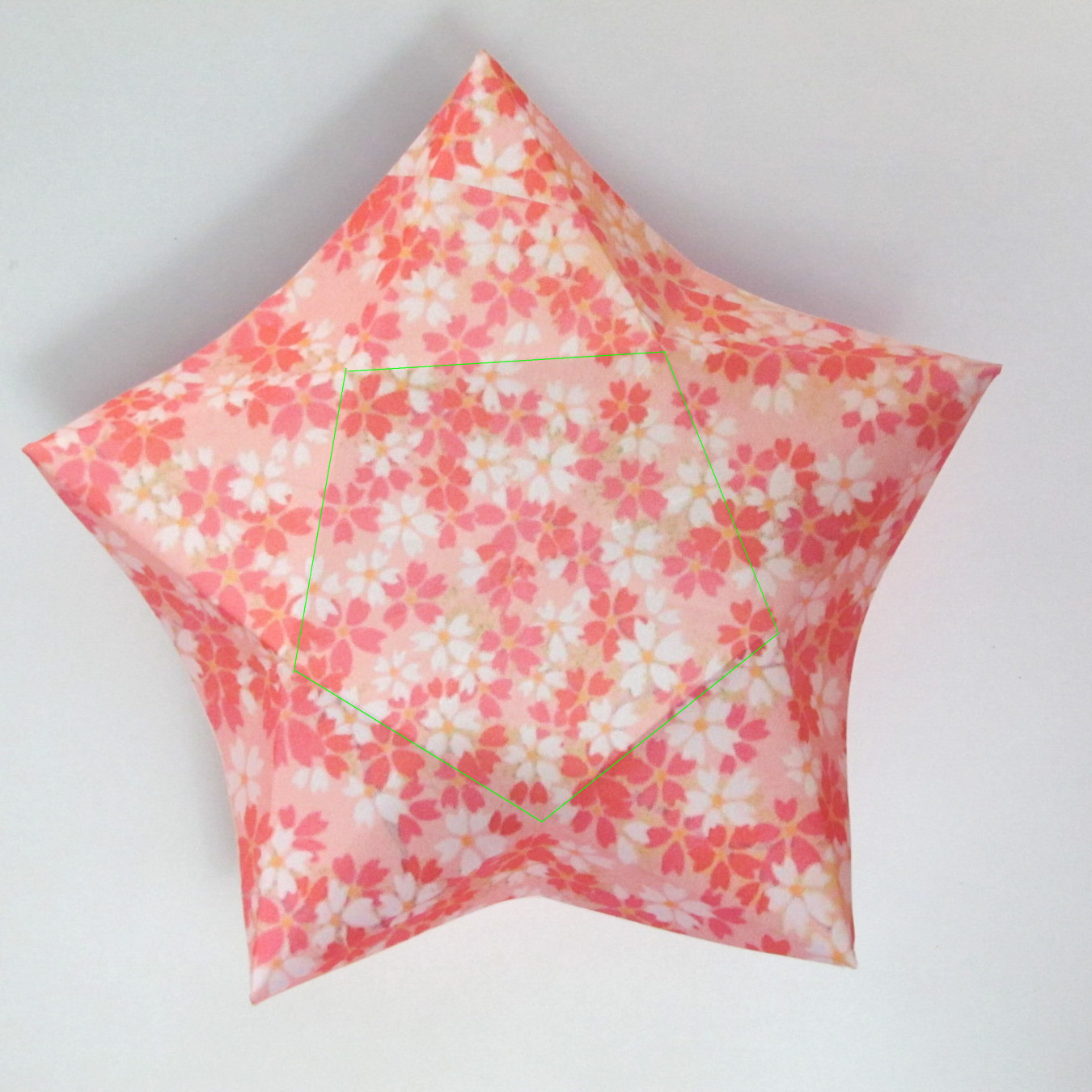 สอนวิธีการพับกระดาษเป็นดอกมะเฟือง (Origami Carambola) 012