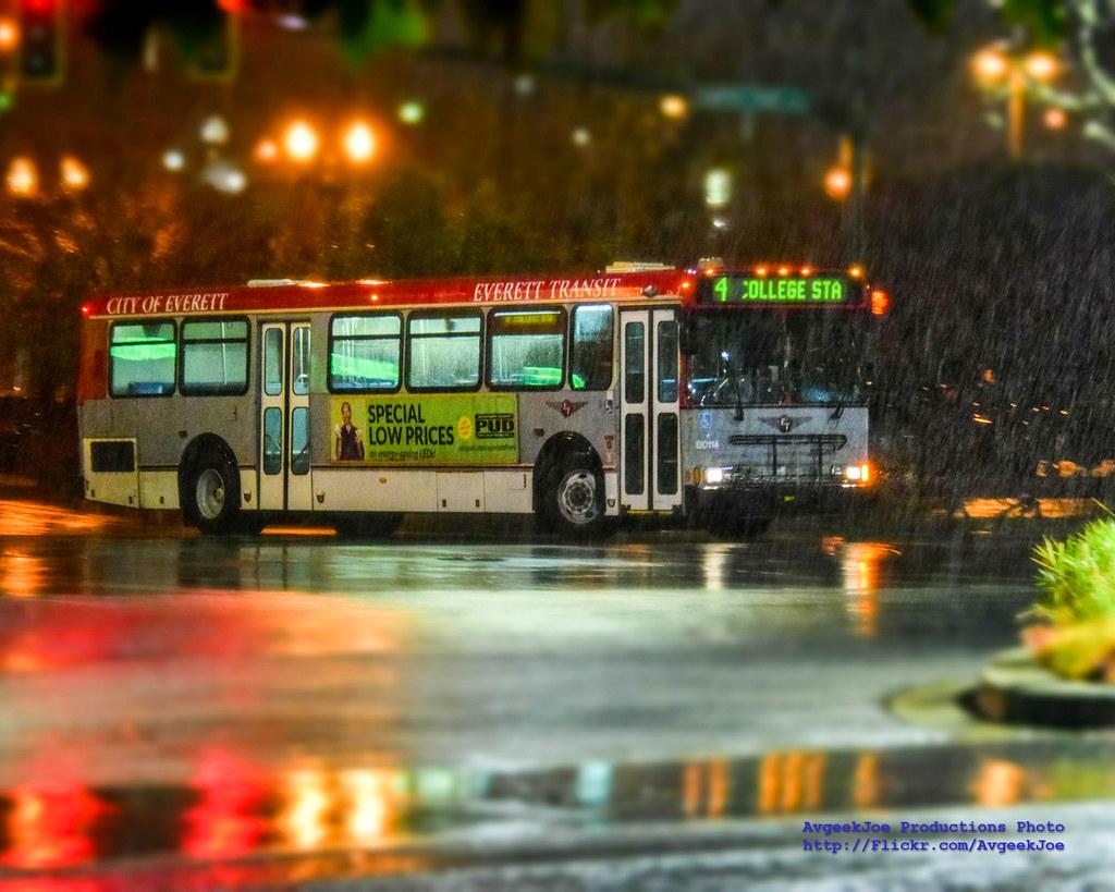 Everett Transit Route 4 in Rain & Nikon D5300 Minature Mod