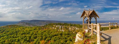20161016mohonkmountainnewpaltzny landscape panorama mohonk sky top