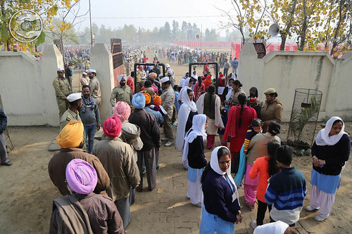 Arrival of saints in the Satsang Campus