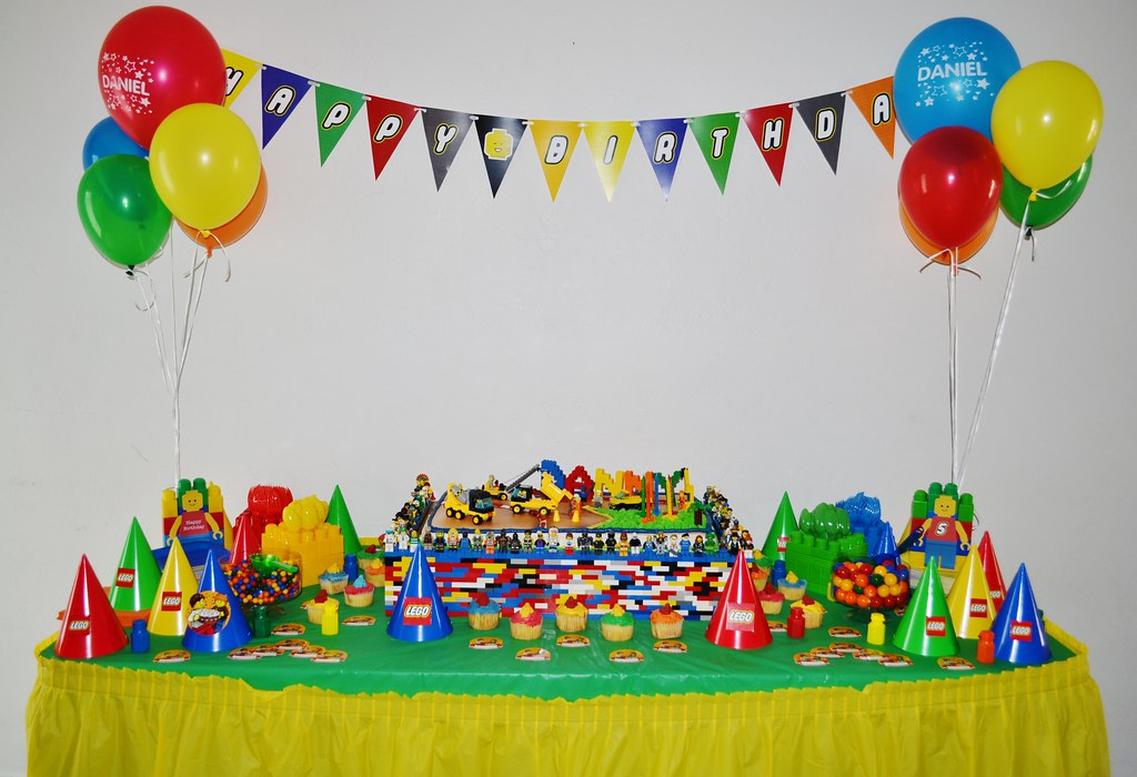 Phenomenal Lego Birthday Party Lego Theme Party Cake And Cupcake Tabl Flickr Funny Birthday Cards Online Barepcheapnameinfo