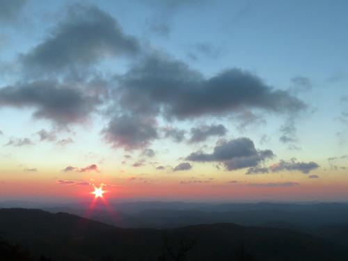 sunrise landscape northcarolina blueridgeparkway westernnorthcarolina southernappalachians thunderhillsoverlook canonpowershotsx40hs