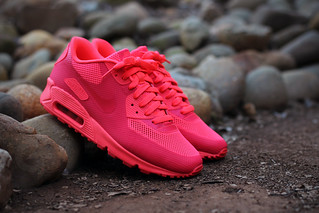 Nike Air Max 90 Hyperfuse Solar Red | 26 December 2013