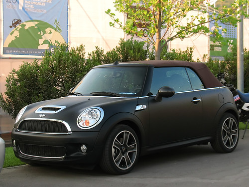 MiNi Cooper S Cabrio in matte painting 2009   by RL GNZLZ