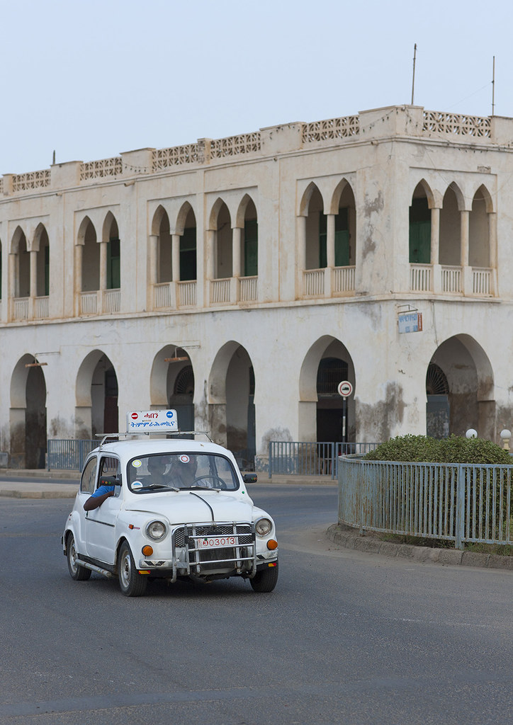 Arcade Driving School >> Fiat Car From A Driving School In Front Of An Ottoman Arch Flickr