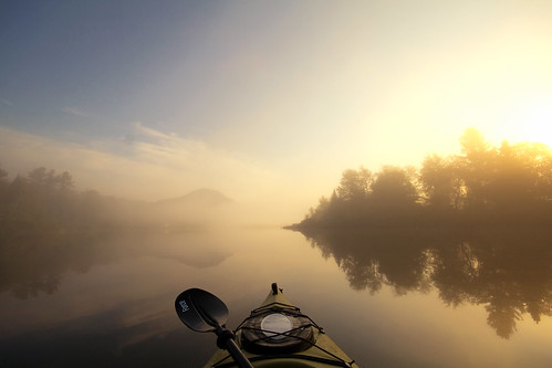 morning autumn summer mist fall fog sunrise vermont kayak kayaking vt lakeeden edenmills