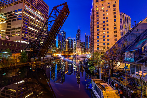 street morning bridge blue light sun chicago reflection tower sunrise river nikon long exposure sears hour times nikkor barge willis kinzie d600 1635mm