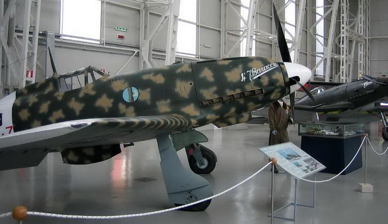 Macchi MC-202 (1)